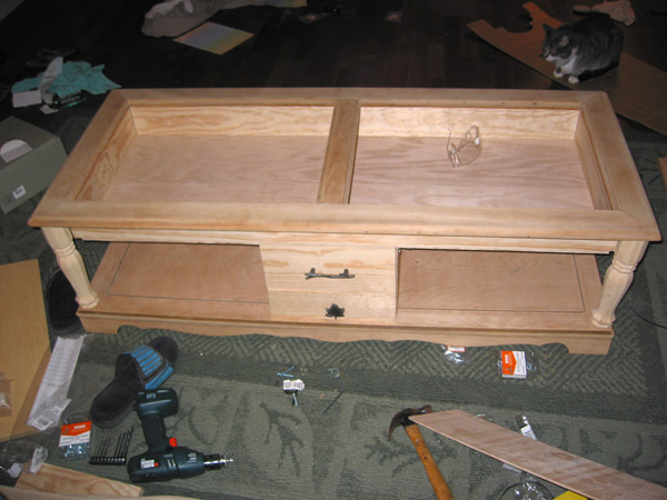 CoffeeTable05_DanielDBrown_2004_600